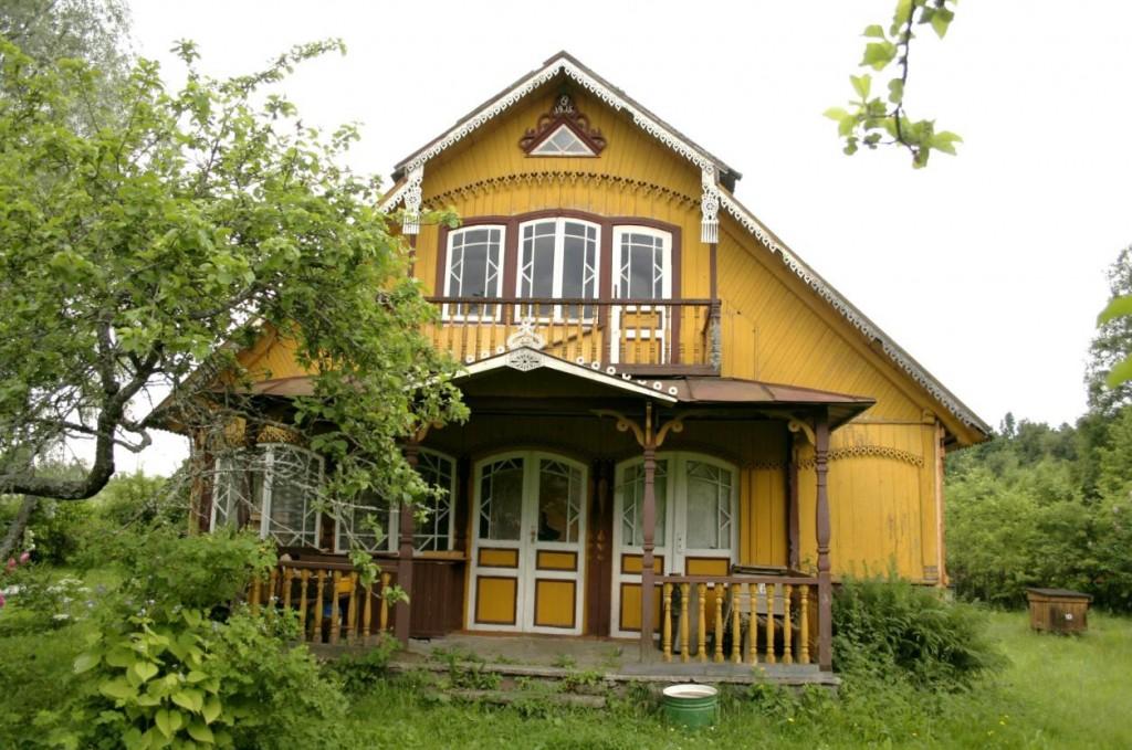 Eestvaade Hagumäe taluhäärberile. Foto: Heiki Pärdi, 2005.