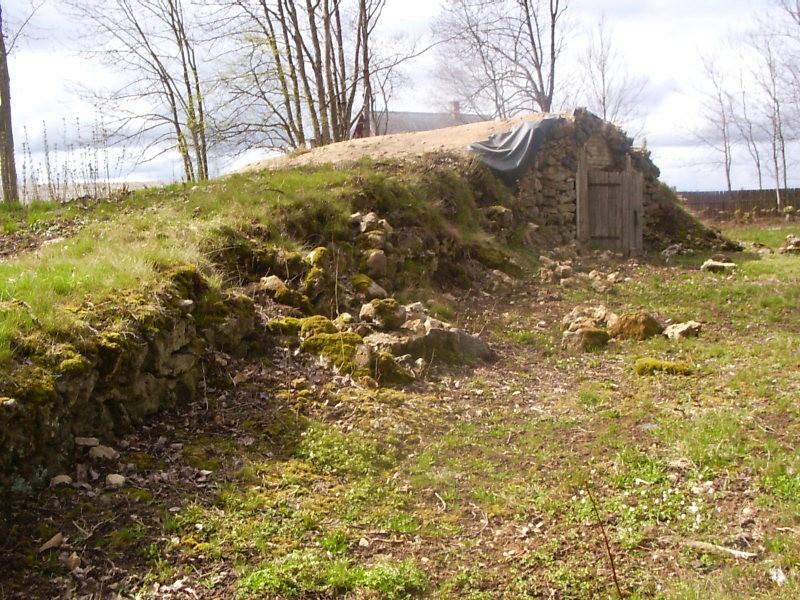 enne restaureerimist  Autor Sille Raidvere  Kuupäev  20.04.2007