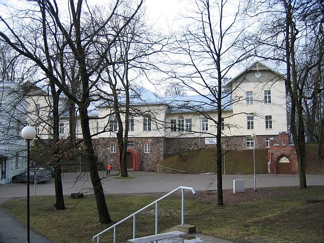 Lossi 21-23 esikülg  Autor Egle Tamm  Kuupäev  25.02.2008