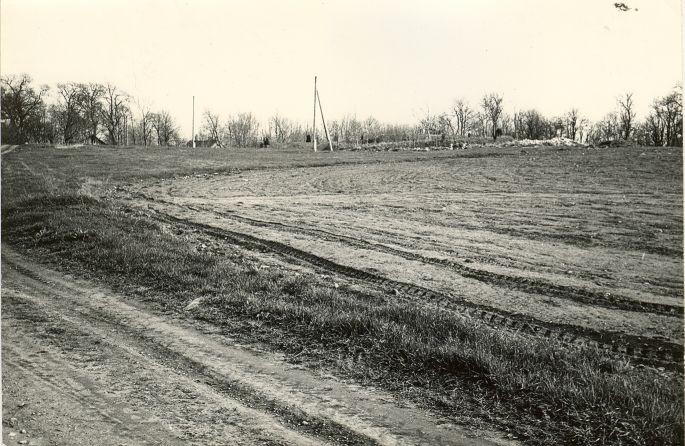 Kiviaja asulakoht - loodest. Foto: E. Väljal, 05.05.1983.