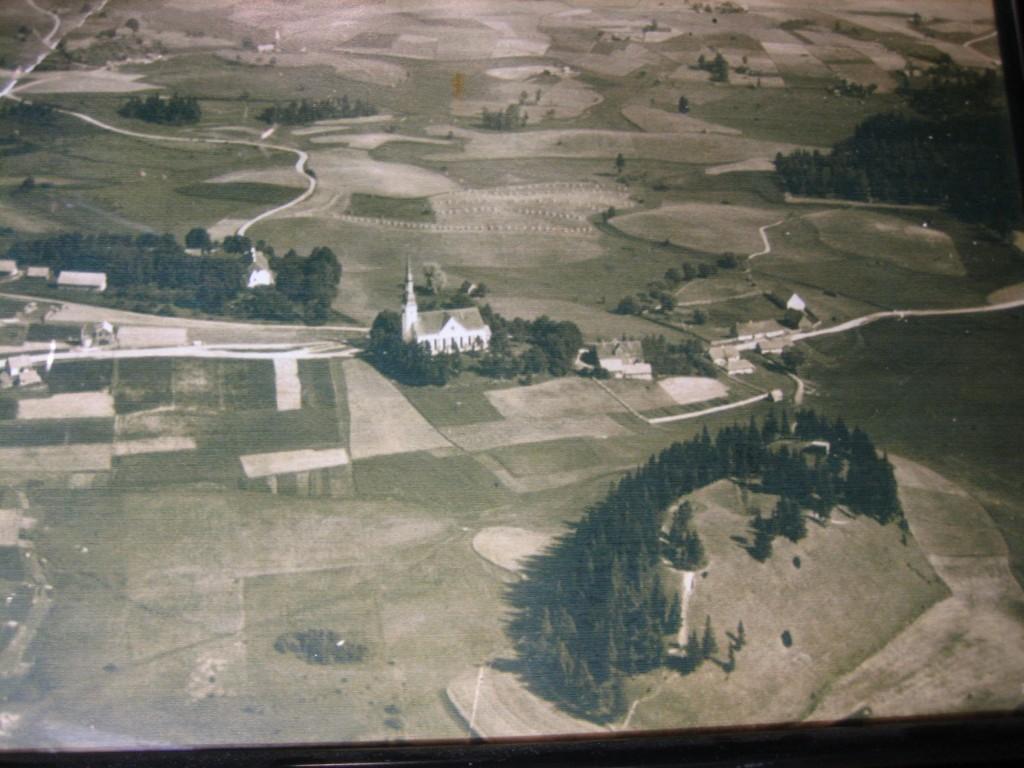 Teadmata päritoluga sõjaeelne õhufoto. Koopia: Ants Kraut, 2006.