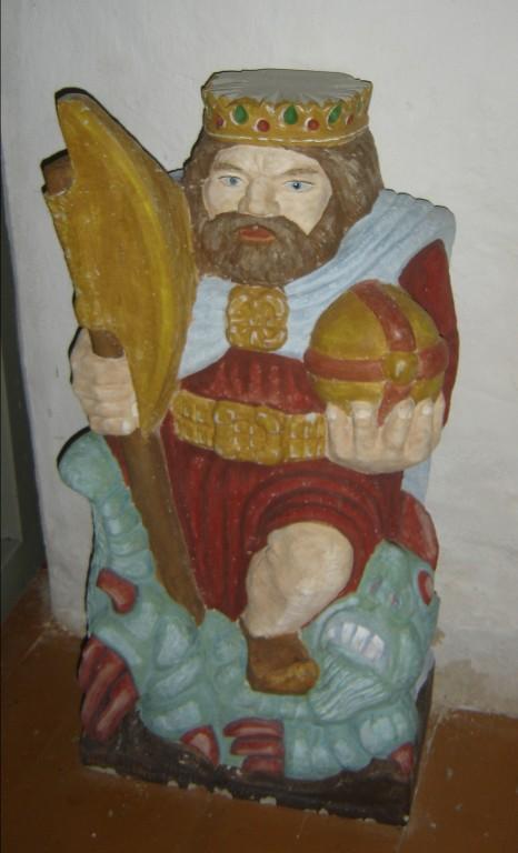 "Skulptuur ""Püha Olav"". V. Mets, 1990 (dolomiit, polükroomia) Foto: S.Simson 02.10.2005"