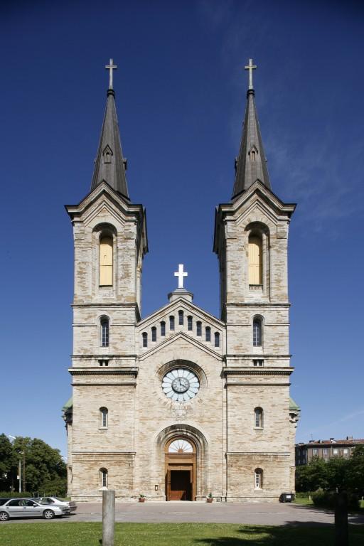Kaarli kiriku peafassaad_Foto A.Maasik 2009