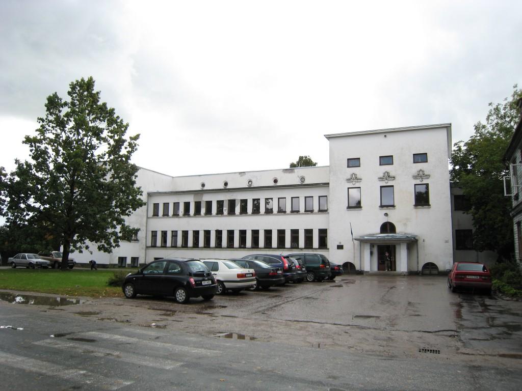 Kooli tn 13 koolimaja  Autor Liina Hansen  Kuupäev  20.09.2007
