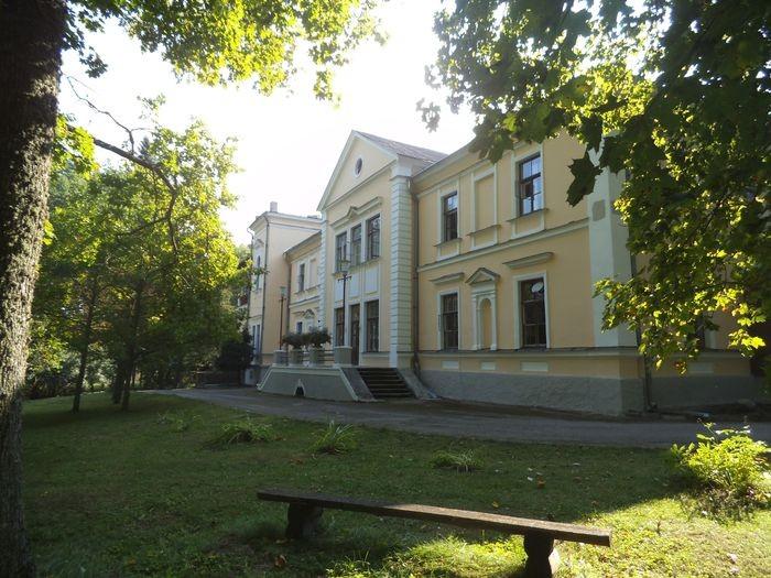 Uderna mõisa peahoone. Foto autor I. Raudvassar, 19.09.2014
