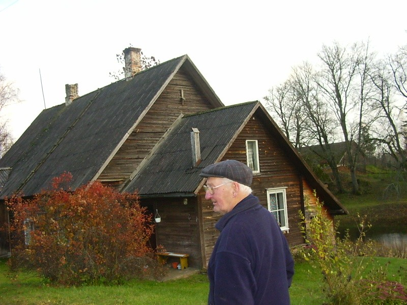 Õllemeistri elamu koos peremehe Harald Vään  iga.  Autor Viktor Lõhmus  Kuupäev  26.10.2004