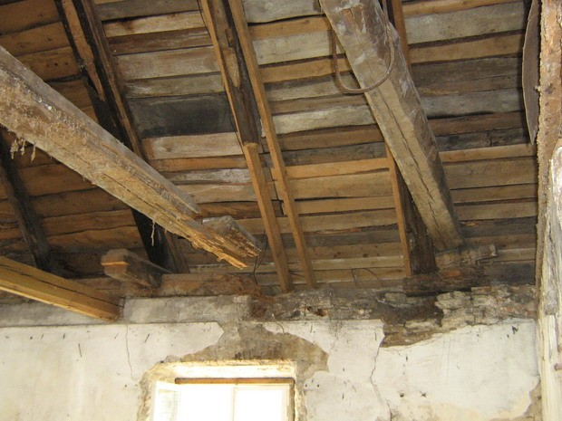 Vihula mõisa pesuköök: 15965, vaade seest- algab 2008.remont-ümberehitustööd.  Autor ANNE KALDAM  Kuupäev  19.06.2008