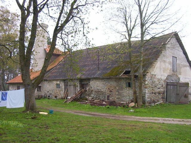 vaade pargi poolt    Foto Kalli Pets    Kuupäev  04.05.2004