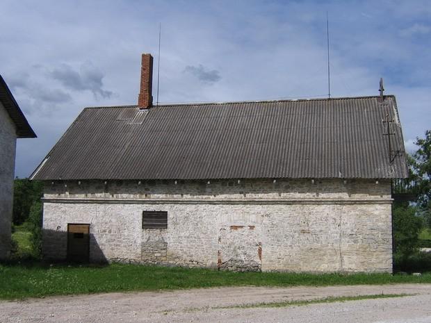 Vao mõisa kuivati reg nr. 16098 vaade idast  Autor ANNE KALDAM  Kuupäev  26.06.2008