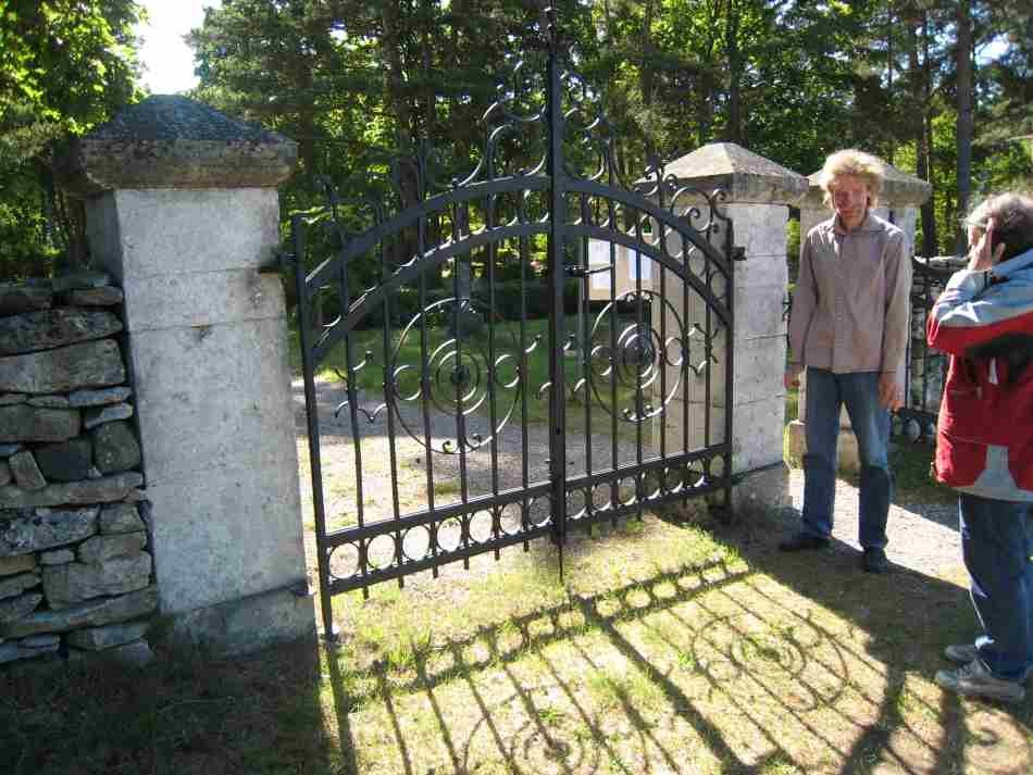 Anseküla kalmistu. Autor Rita Peirumaa. Kuupäev  27.06.2008