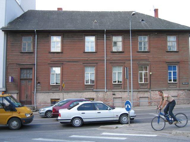 Narva mnt 86  Autor Egle Tamm  Kuupäev  26.06.2008
