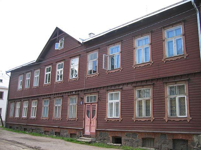 Lepiku 6  Autor Egle Tamm  Kuupäev  02.07.2008