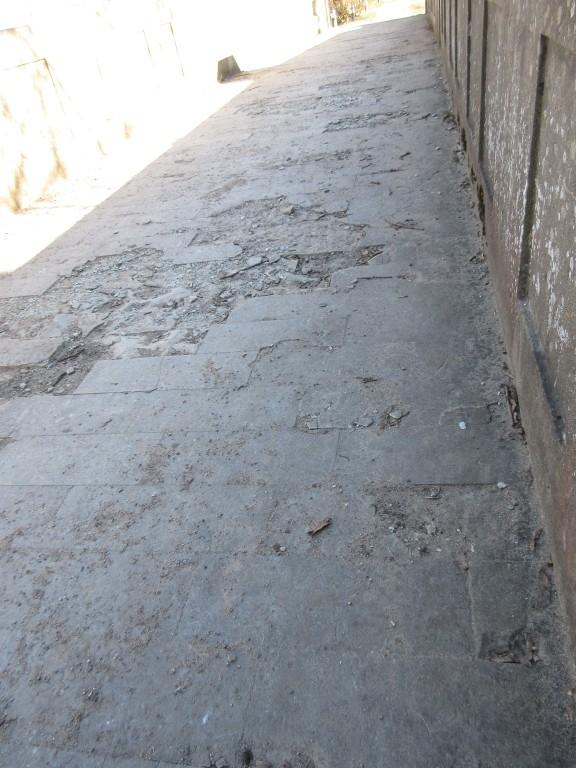 Kuradisilla purunenud teepind. Foto Egle Tamm, 13.03.2015.