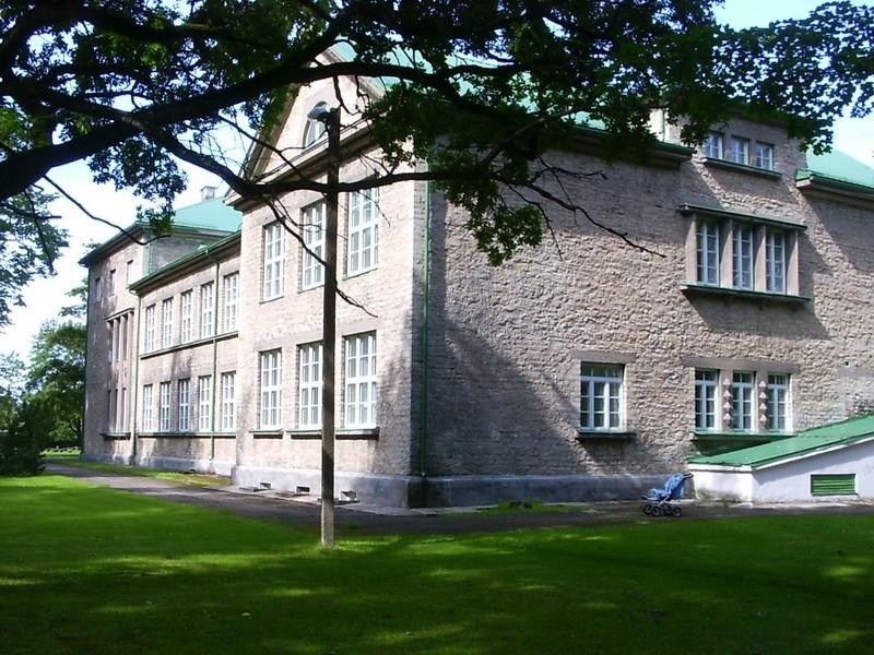 Püssi koolihoone, 1924-26  Autor Tõnis Taavet  Kuupäev  06.08.2008