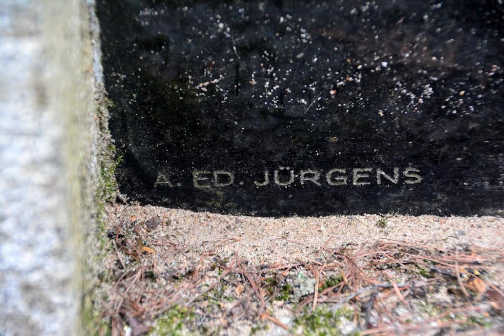 16972 signatuur hauakivil, Ü.Jukk, 6.05.2015