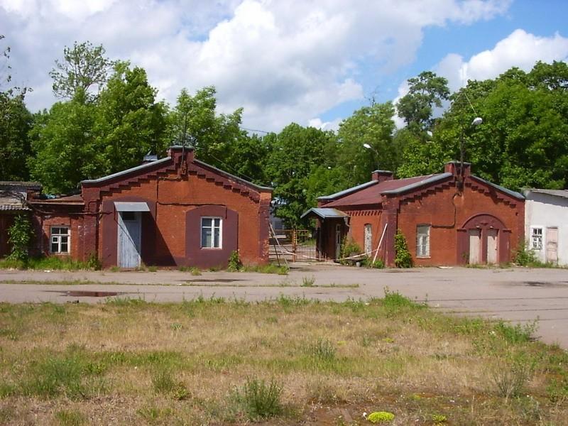 Kreenholmi vana pääsla kaks hoonet, 19.saj.  Autor Tõnis Taavet  Kuupäev  12.06.2008