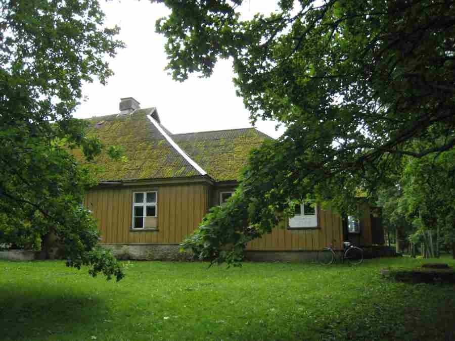 Muhu pastoraat. Foto: Rita Peirumaa. Kuupäev  04.09.2008