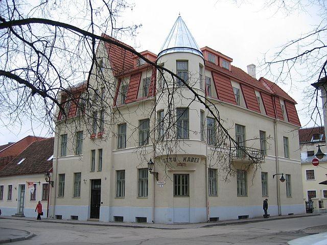Kompanii 8 nurgavaade  Autor Egle Tamm  Kuupäev  26.02.2008