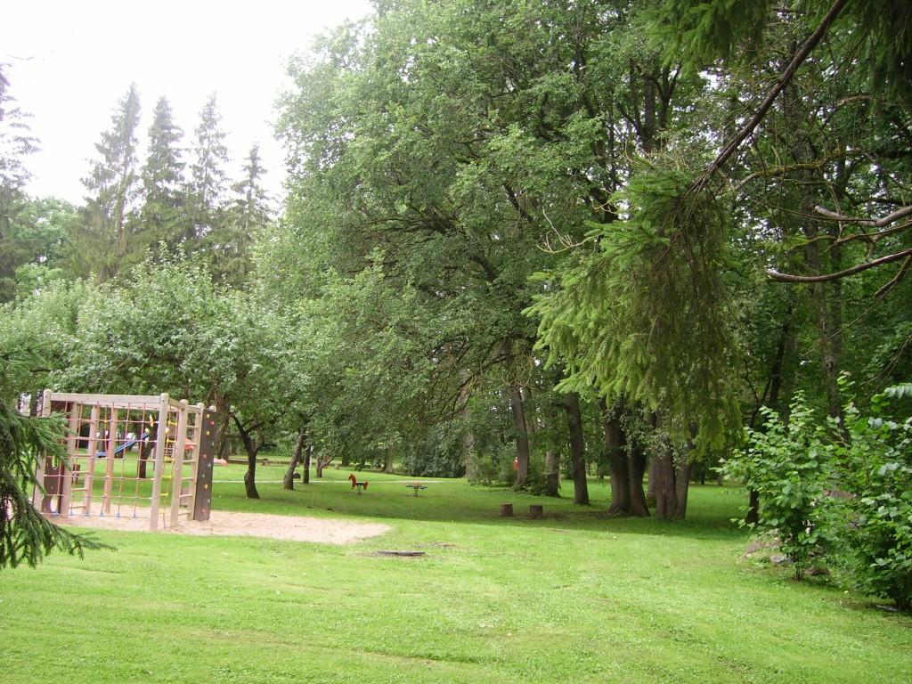 Park  Autor Sille Raidvere  Kuupäev  27.08.2008