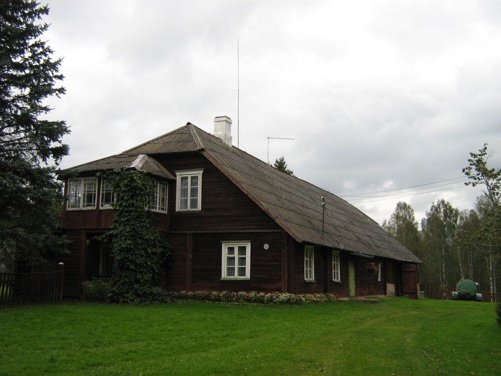 Vaade Tätta talu rehielamule siseõuest Autor Anne Kivi  Kuupäev  18.09.2008