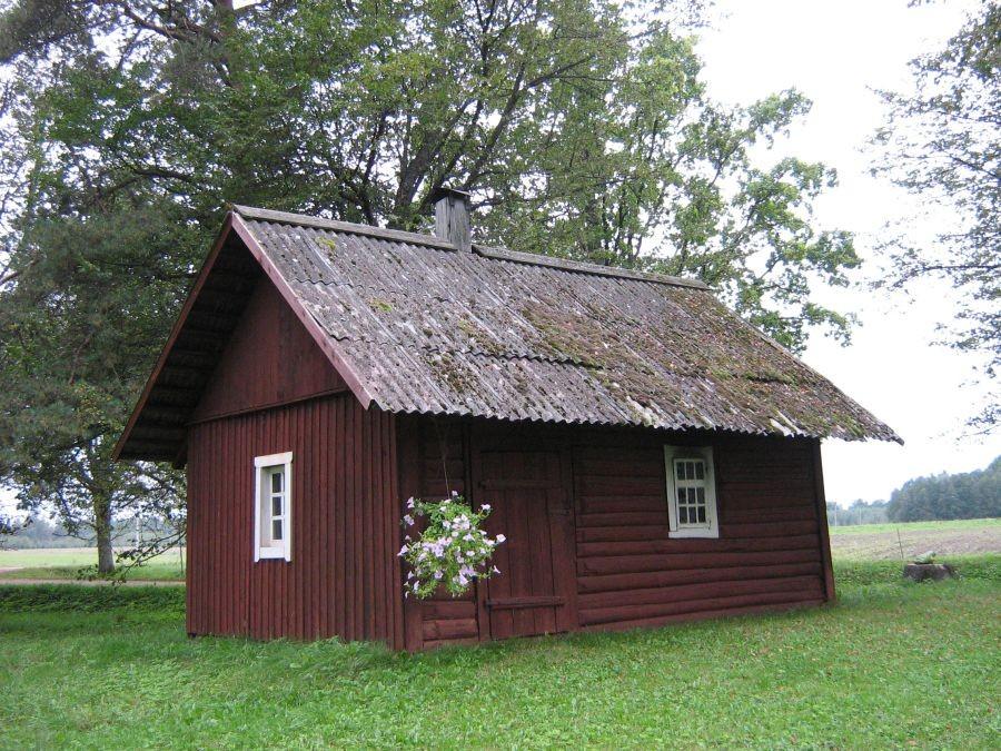 Vaade Tätta talu saunale Autor Anne Kivi  Kuupäev  18.09.2008