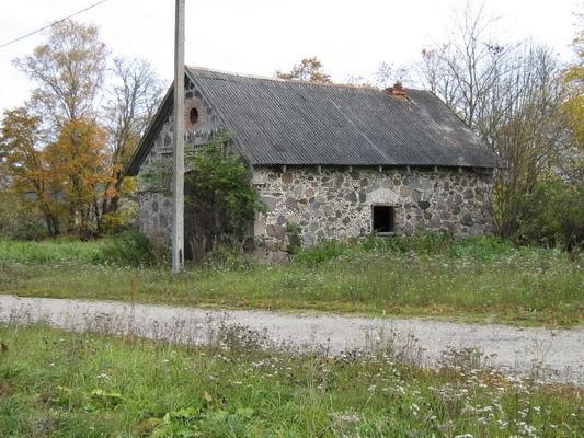 Vao mõisa sepikoda, pildistatud läänest Autor Mirjam Abel  Kuupäev  09.10.2008