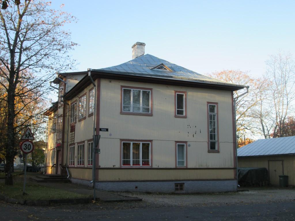 Kärdla apteegihoone Autor K.Koit Kuupäev 28.10.2015