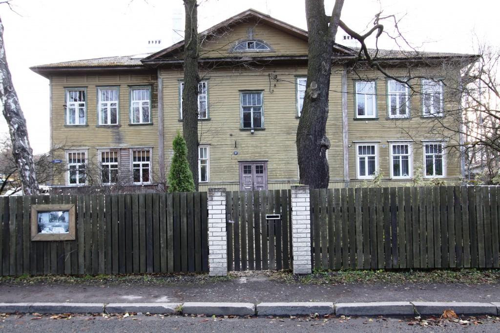 Vene-Balti laevatehase nooremteenistujate elamu Kopli t. 97. Vaade Süsta tn poolt. 23.11.2015. T. Aava