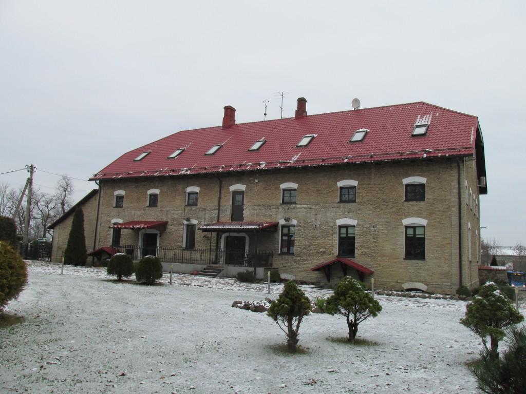 Püssi mõisa viinavabrik, 1862. Edelafassaad. Foto: Kalle Merilai 25.11.2015.a.