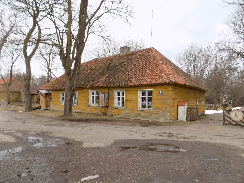Elamu Vabrikuväljak 2, vaade kagust  Autor K.Koit Kuupäev  06.03.2016