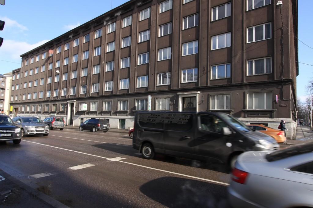 Elamu Gonsiori t. 17. Vaade Pronksi tänavalt. 09.03.2016. Foto: Timo Aava