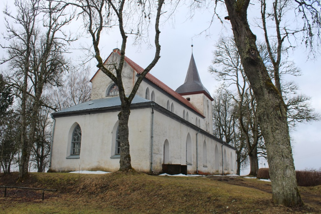 Vaade kirikule. Foto: K. Tael 1.04.2016