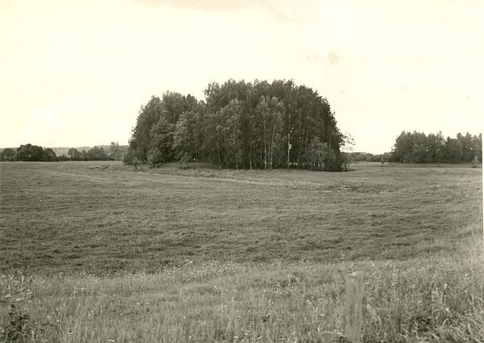 Vaade maa-alusele kalmistule. Foto: A. Sillasoo, 23.08.1976.