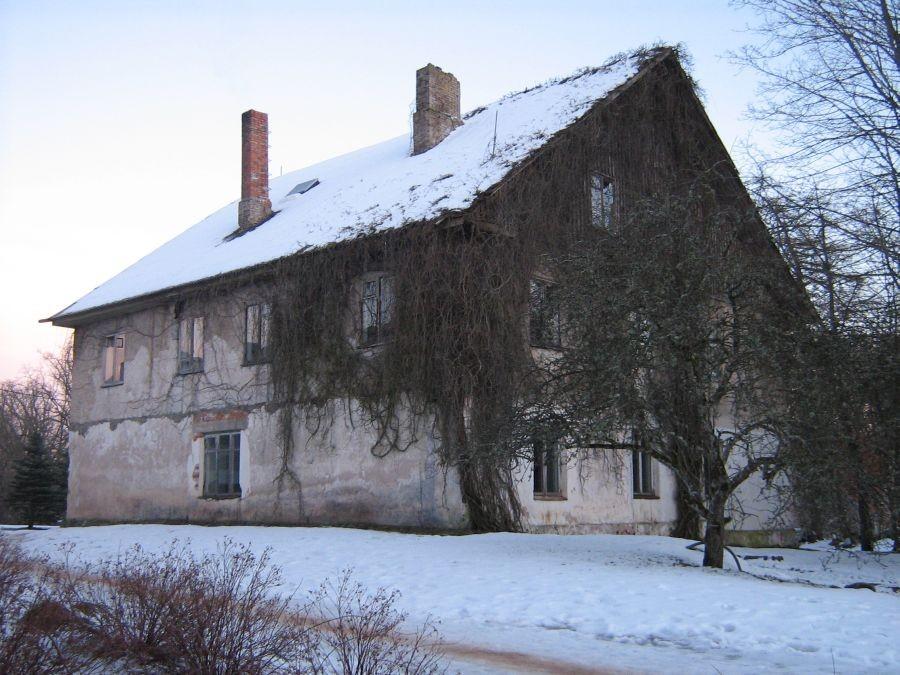 Olustvere mõisa aednikumaja Autor Anne Kivi  Kuupäev  10.02.2009