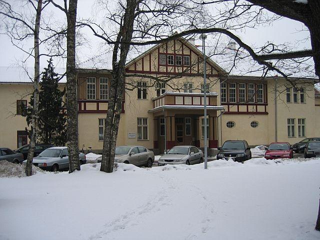 Kreutzwaldi 1 esifassaad  Autor Egle Tamm  Kuupäev  25.02.2009