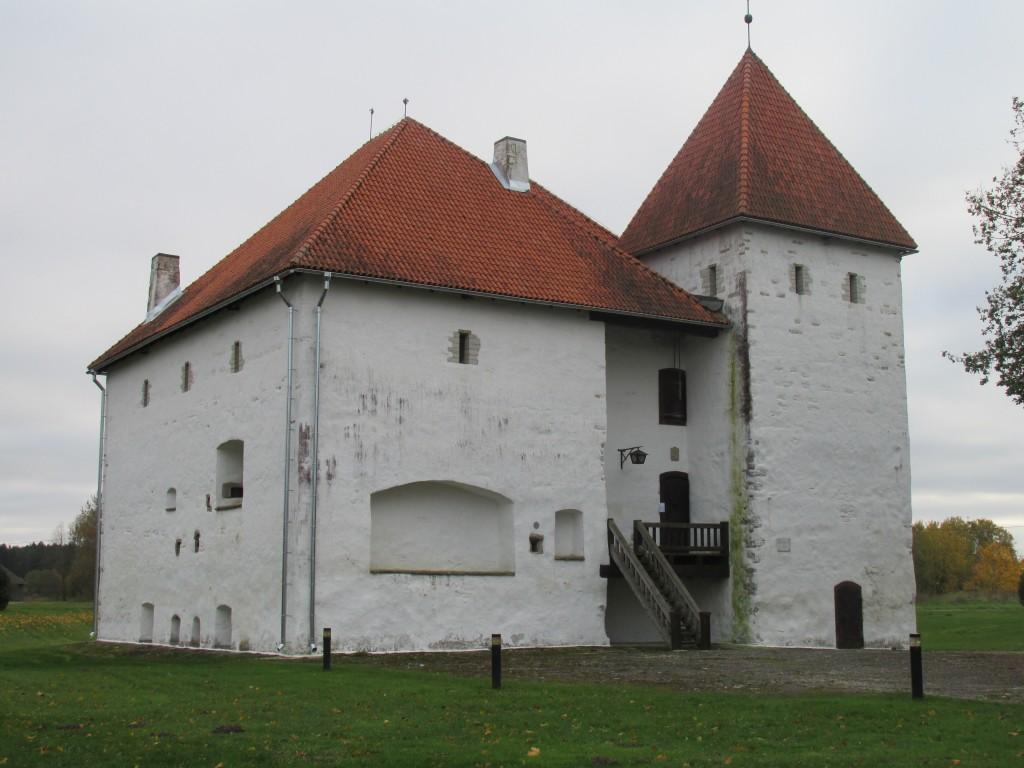 Purtse kindluselamu, 16.saj.,1990. Vaade põhjast. Foto: Kalle Merilai 11.10.2016. a.