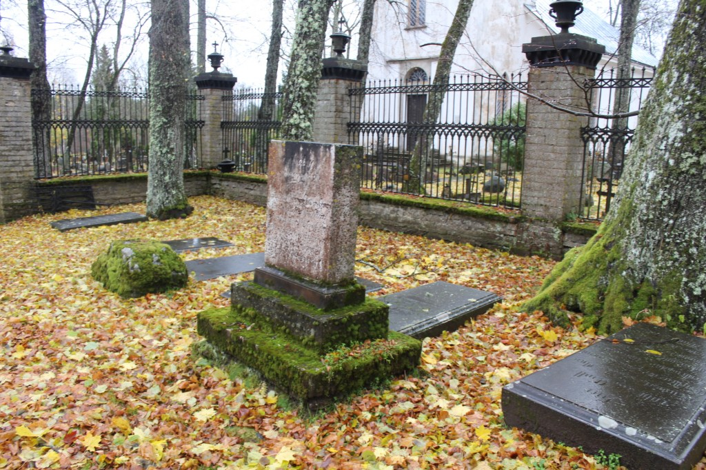 Vaade kalmistule. Foto: K. Tael 31.10.2016