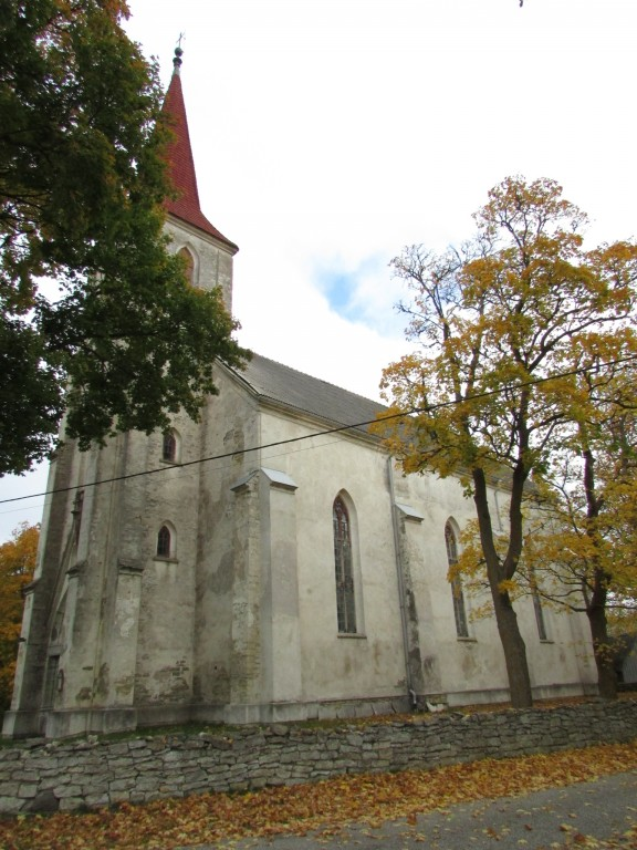 Mustjala kirik. Foto: K. Saks, 11.10.2016