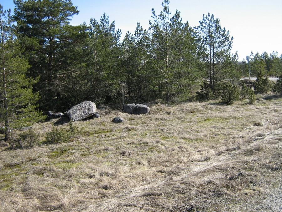 Kalmistu põhjaosa. Foto: Kalli Pets, 08.04.2009.
