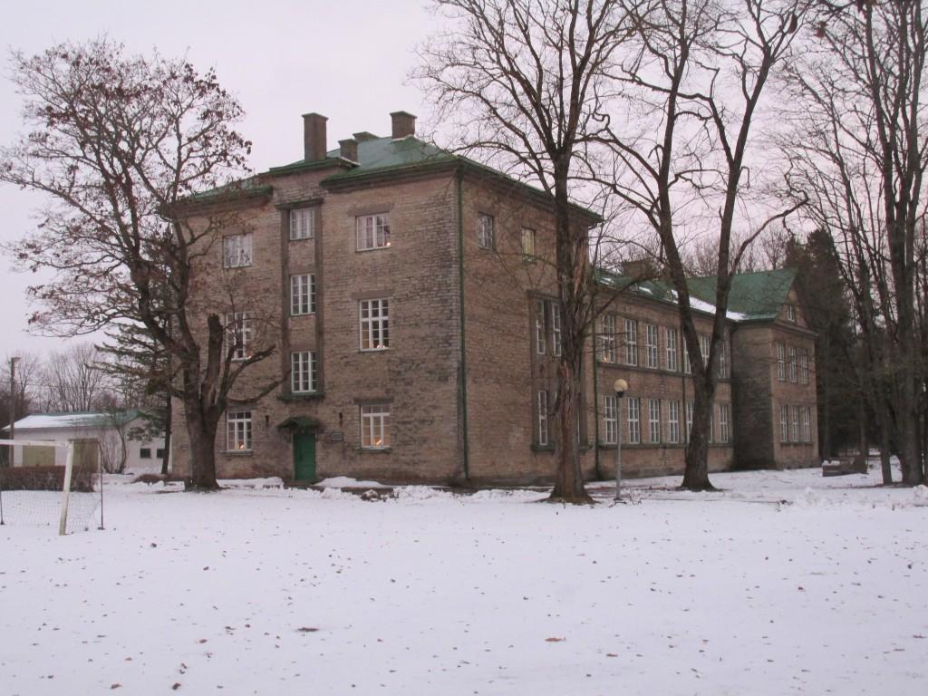Püssi koolihoone, 1924-26. Vaade loodest. Foto: Kalle Merilai 07.12.2016.a.