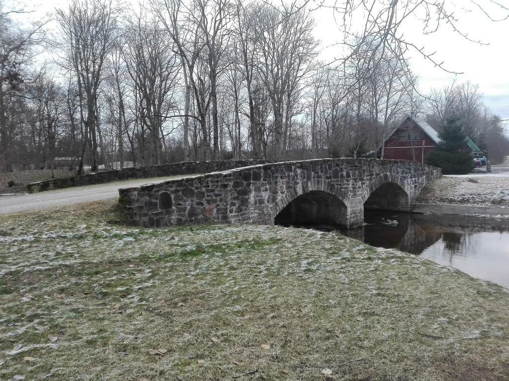 Albu mõisa sild, vaade põhjasuunast. Foto: K. Klandorf 13.12.2016.