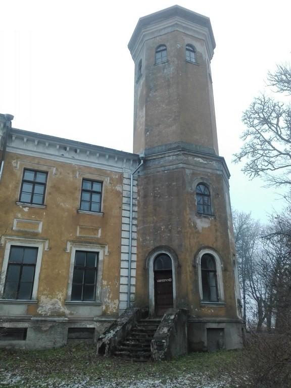 Väinjärve mõisa peahoone, vaade lõunast. Foto: K. Klandorf 19.12.2016.