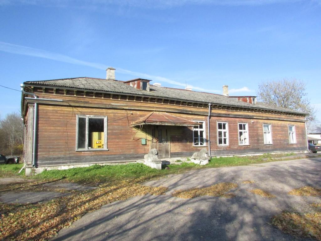 Sikassaare mõisa peahoone. Foto: K. Saks, 19.10.2016