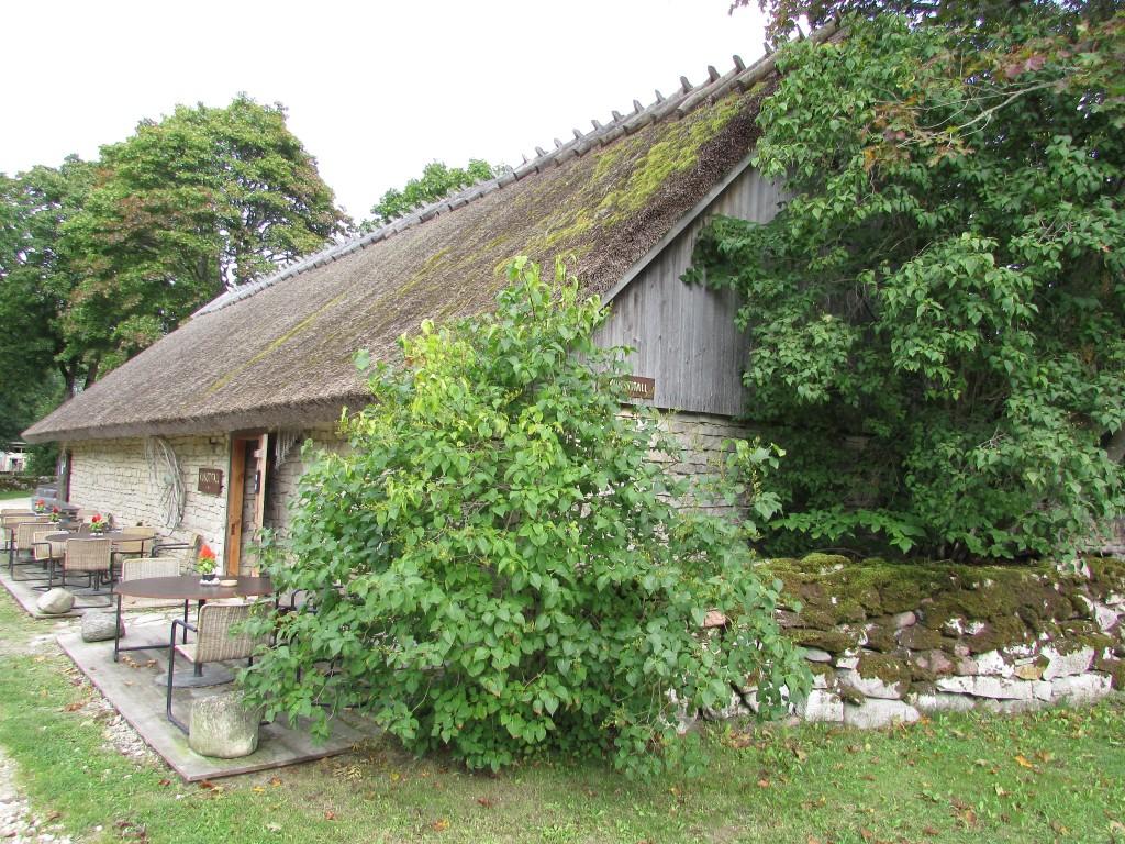 Koguva küla Pärdi talu laut, vaade läänest. Foto: K. Saks, 25.08.2016