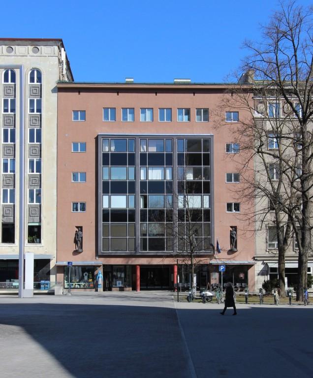 Tallinna kunstihoone restaureeritud fassaad. 19.04.2017. Foto: Timo Aava
