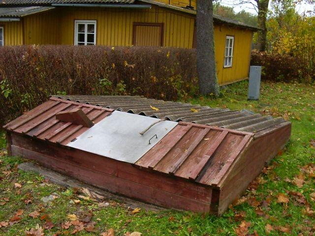 Kaevu raketis    Autor Kalli Pets    Kuupäev  19.10.2004