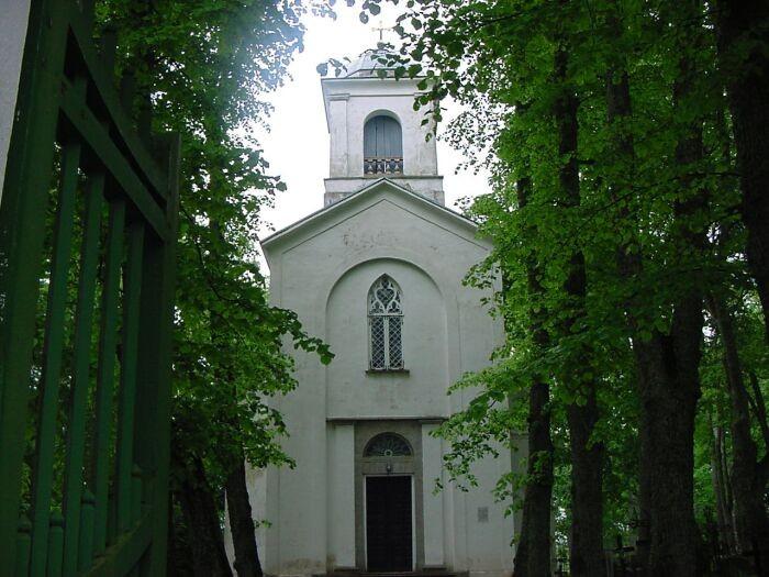 ostvaade    Autor J.Vali    Kuupäev  18.08.2002
