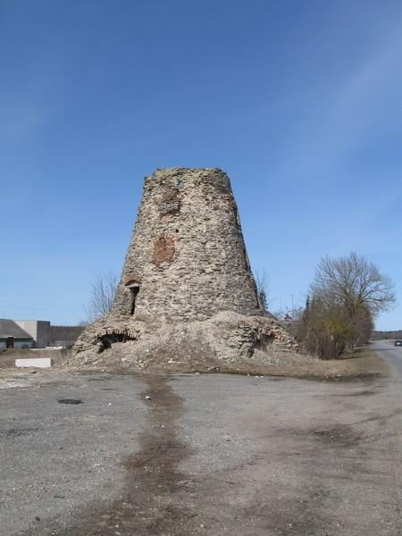 Kiikla mõisa tuuleveski, 19.saj.  Autor Tõnis Taavet  Kuupäev  09.04.2009