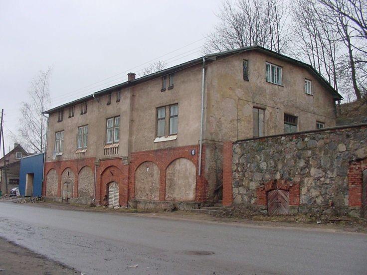 Jaama 10, Tartu    Autor M.Siilivask    Kuupäev  10.04.2004