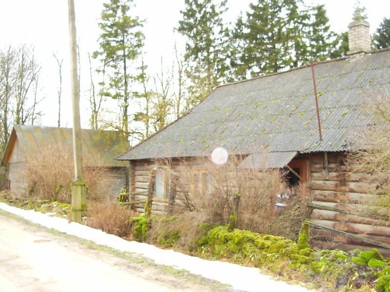 Pahna külakooli hoone. Foto: Lilian Hansar. Kuupäev  12.01.2004